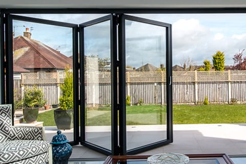 bottom banner smart bifolds m - Doors Leatherhead