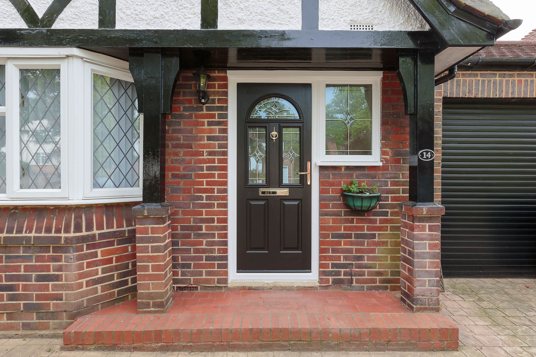 Composite doors installers in Surrey